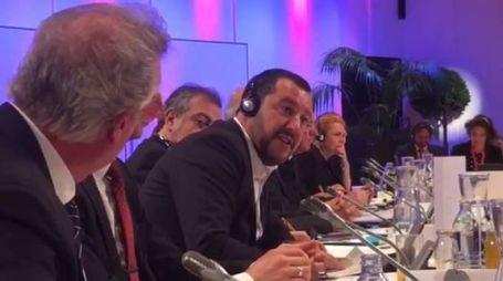 Il battibecco tra Salvini e Asselborn a Vienna (Facebook)