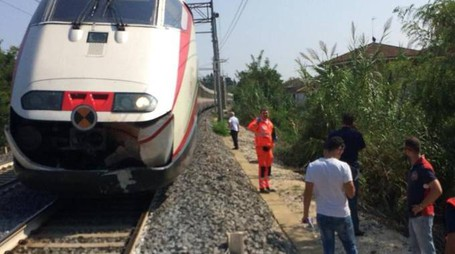 La tragedia è avvenuta questa mattina verso mezzogiorno alla stazione ferroviaria di Cattolica