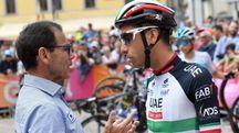 Davide Cassani con Fabio Aru (Ansa)