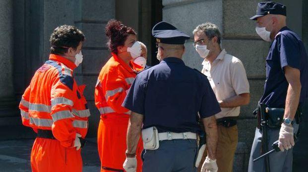 Secondo il deputato azzurro la Tbc si sta diffondendo anche agli italiani (FKD)