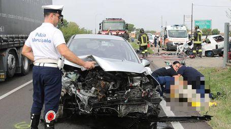 L'incidente mortale a Imola (foto Isolapress)