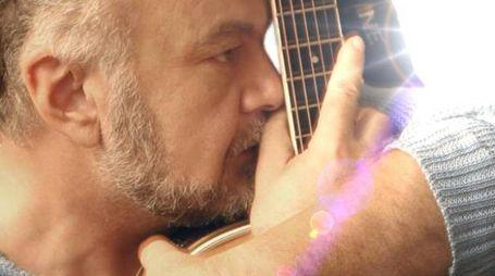 È morto Goran Kuzminac, il medico cantautore: aveva 65 anni
