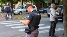 La polizia è subito intervenuta bloccando il malvivente