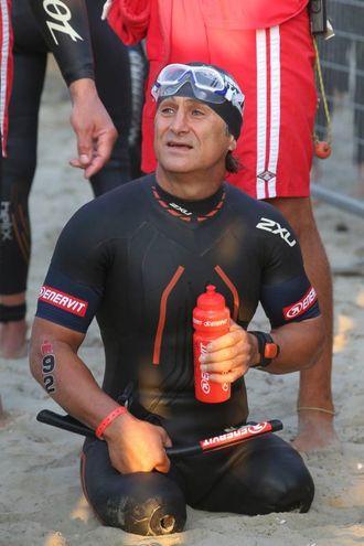 Alex Zanardi al via dell'Ironman (foto Zani)