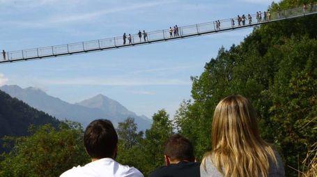Il Ponte nel Cielo (National press)