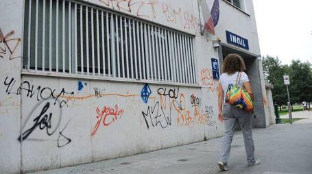 Scritte sui muri a Legnano