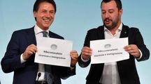 Il presidente del Consiglio, Guseppe Conte, e il vicepremier Matteo Salvini (Ansa)