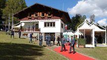 L'inaugurazione della caserma (foto Castellani)