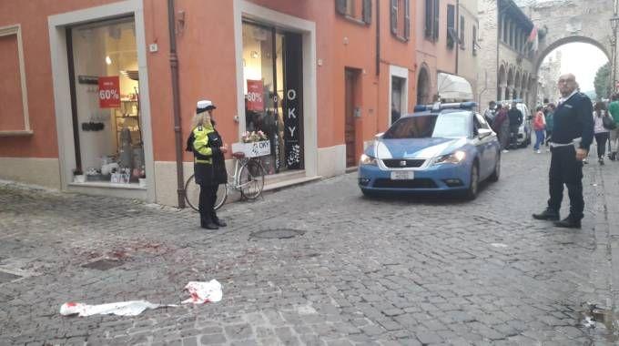 Sangue in via Arco d'Augusto