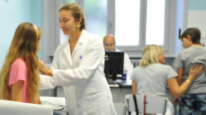 Imola, un anno per ottenere una visita reumatologica (foto di repertorio Newpress)
