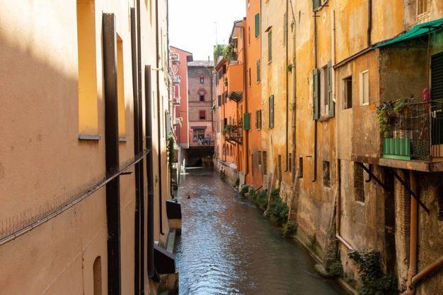 Bologna, il canale delle Moline