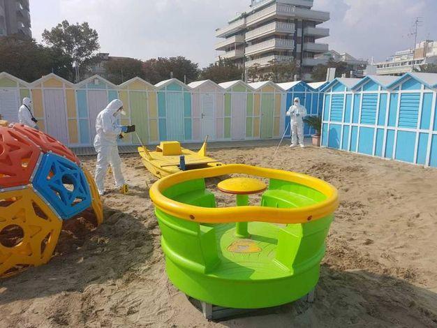 Il tratto di spiaggia dove sarebbe avvenuta la violenza (foto Migliorini)