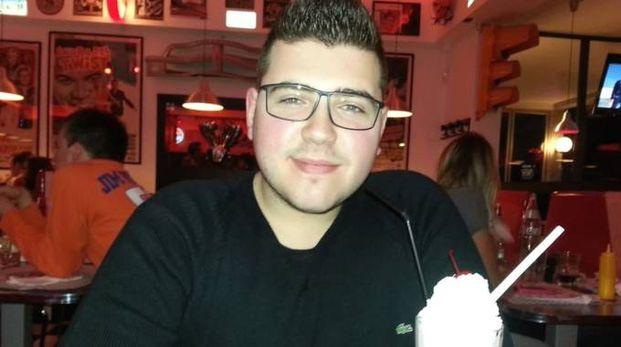SORRIDENTE Alessandro Antionioli, 24 anni, è morto giovedì scorso al cinema Uci di Bellocchi