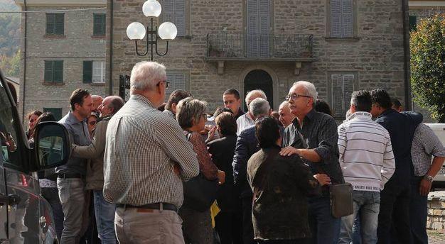 Presenti anche diverse persone di Sant'Angelo in Vado, luogo di nascita di Mariagrazia (Fotoprint)
