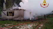 I vigili del fuoco hanno spento il rogo