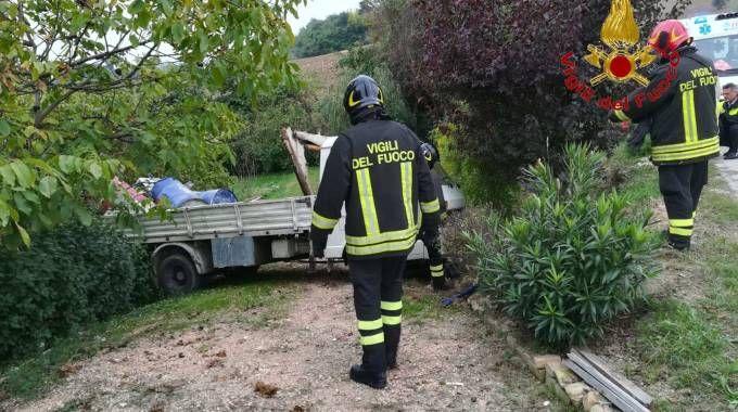 La vittima è un 73enne residente a Tolentino