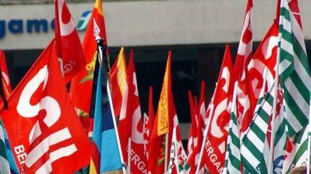 Bandiere dei sindacati