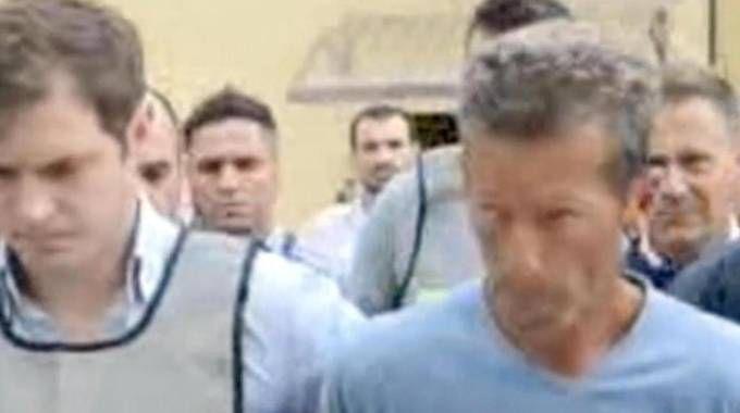 L'ARRESTO Lo scorso 16 giugno Massimo Bossetti è stato prelevato da carabinieri e polizia nel cantiere dove stava lavorando