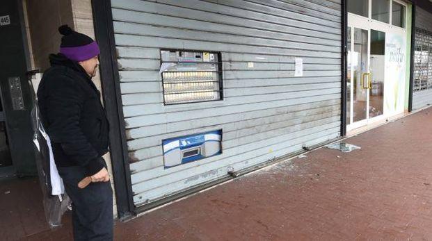La tabaccheria si trova in via Porrettana 445, quartiere San Biagio. Aveva subito un altro furto il 20 dicembre