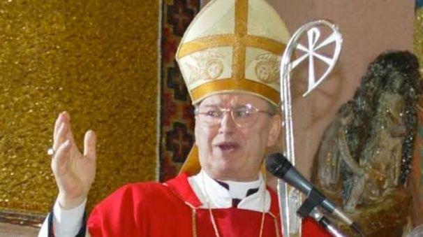 AMATO DA TUTTI Monsignor Gennaro Franceschetti