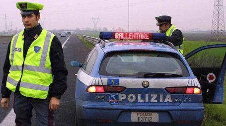 Polizia stradale al lavoro