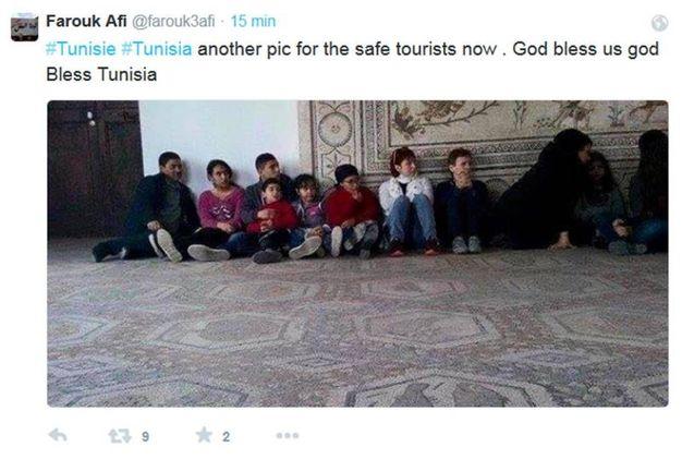 Turisti in ostaggio (Ansa)