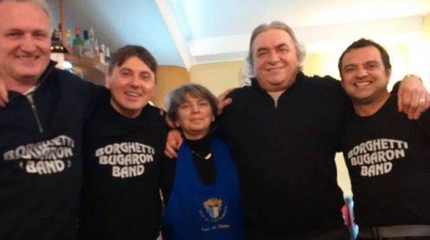 La Borghetti Bugaron Band per i 40 anni di attività: Biagetti al centro con la moglie