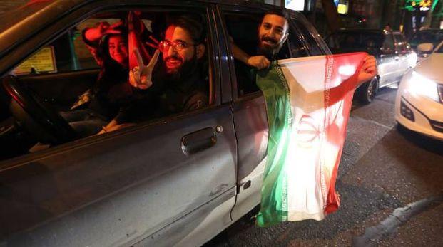 Festa a Teheran dopo l'accordo sul nucleare (AFP)