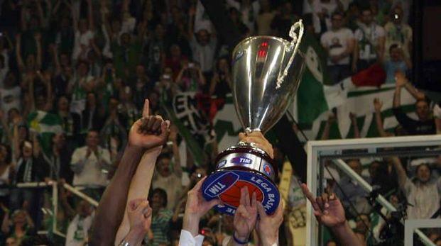 Basket: Mens Sana Siena, trofei all'asta