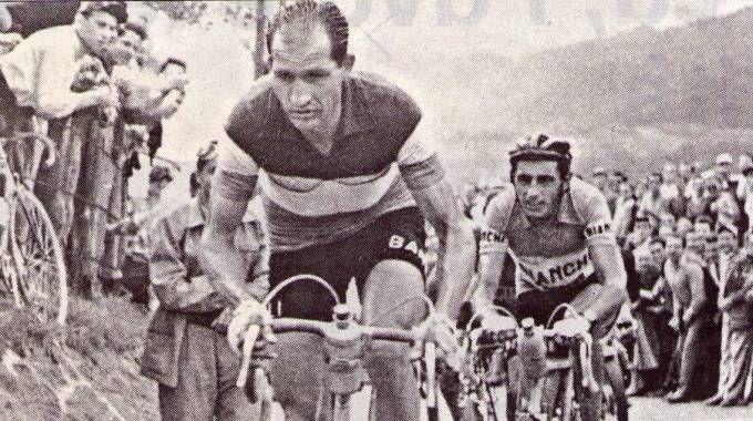 Gino Bartali e uno dei tanti duelli con Fausto Coppi