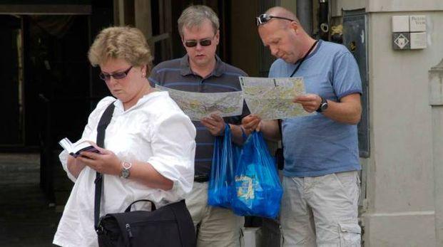 Un gruppo di turisti a Prato (foto Attalmi)