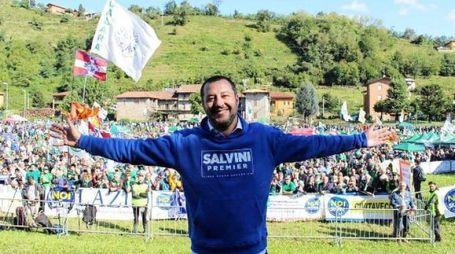 La foto postata su Instagram da Matteo Salvini a Pontida