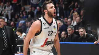 Virtus-Torino 84 a 76, guarda le foto del match