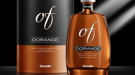 Bottiglia e astuccio di Dorange Of – Foto: Distillerie Bonollo Umberto di Padova