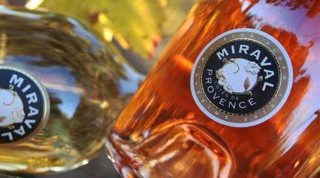 Il rosé e il bianco prodotti a Chateau Miraval – Foto: ABACA PRESS – LSR/Olycom