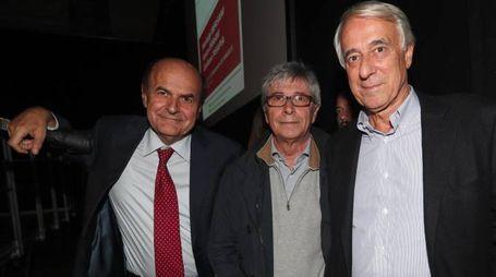 Pier Luigi Bersani, Vasco Errani e Giuliano Pisapia (Ansa)
