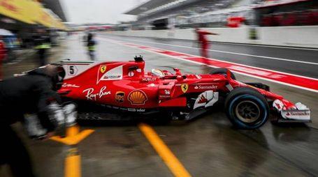 Sebastian Vettel durante le prove del Gp del Giappone (Ansa)