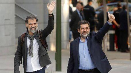 I leader indipendentisti Jordi Cuixart e Jordi Sanchez (Ansa)