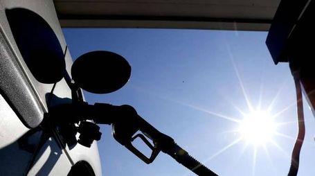 Petrolio: chiude positivo a Ny