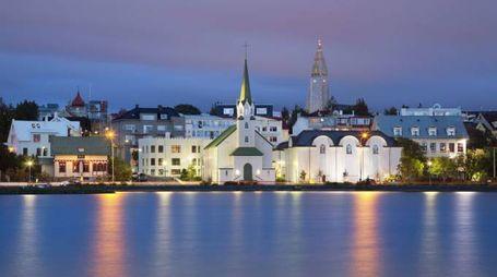 Reykjavik – Foto: RudyBalasko/iStock