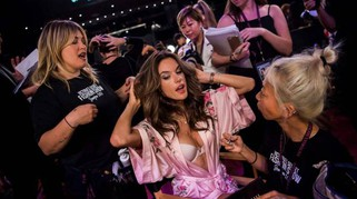 Victoria's Secret fashion show 2017, il backstage da favola a Shanghai