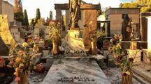 La tomba di famiglia di Riina, al cimitero di Corleone (Lapresse)
