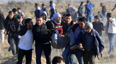 Gerusalemme, scontri e feriti a Gaza (Afp)