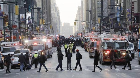 New York, esplosione a stazione bus (Ansa)