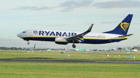 Un volo Ryanair (Ansa)