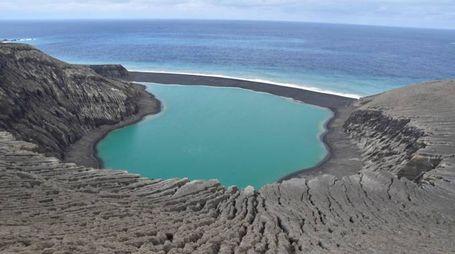 L'isola vulcanica Hunga Tonga-Hunga Ha'apai (Afp)