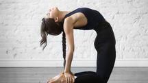 Il Bikram Yoga, o Hot Yoga, aiuta relax e concentrazione - foto fizkes istock