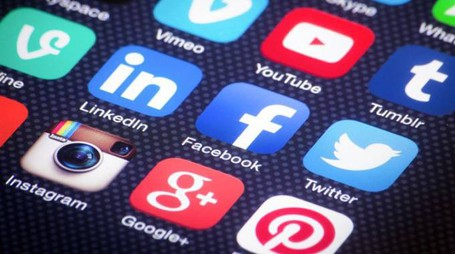 Instagram, Facebook, Twitter: la politica punta sui social