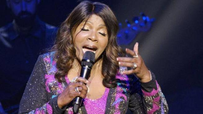 Gloria Gaynor continua a tenere concerti in mezzo mondo