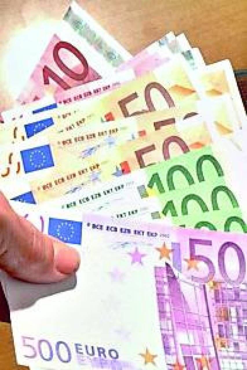EUROPA ALLE URNE  SCORDANDO L'EURO
